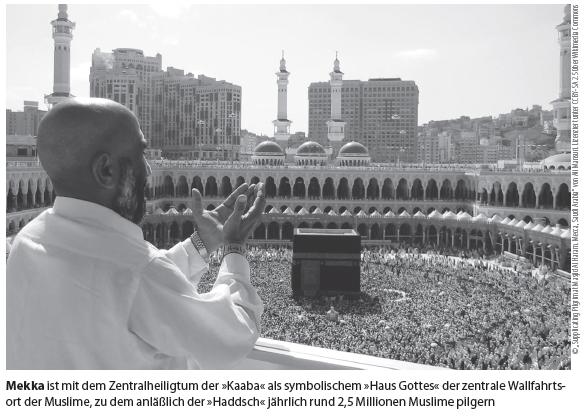 "© ""Supplicating Pilgrim at Masjid Al Haram. Mecca, Saudi Arabia"" von Ali Mansuri. Lizenziert unter CC BY-SA 2.5 über Wikimedia Commons"