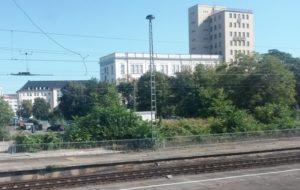"""Gelände zwischen Bahn und """"Volksstimme"""""""